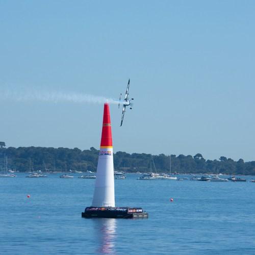 cannes-red-bull-air-race-aviation-croisette-cote-dazur-france