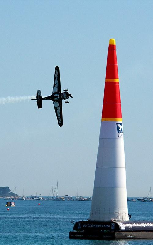 red-bull-air-race-croisette-pilote