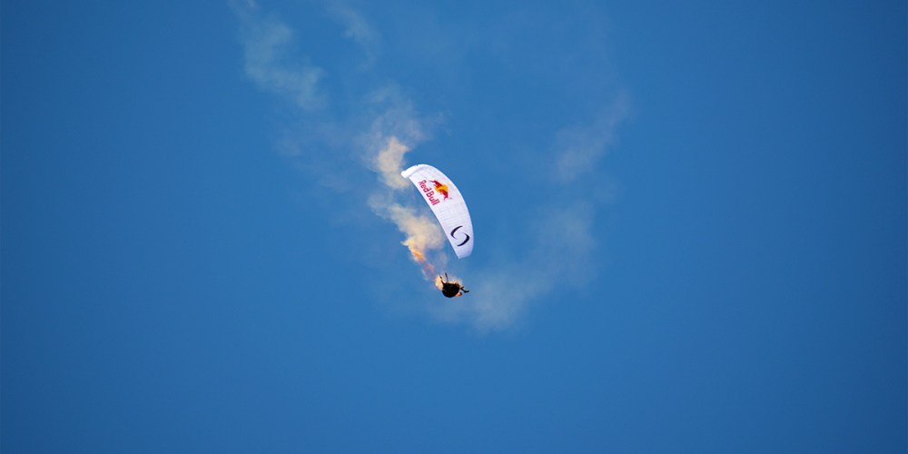red-bull-air-race-saut-en-parachute-cannes-