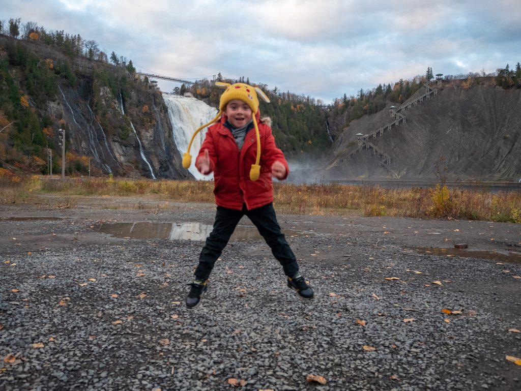 Visiter Québec en famille à l'automne, la chute de Montmorency
