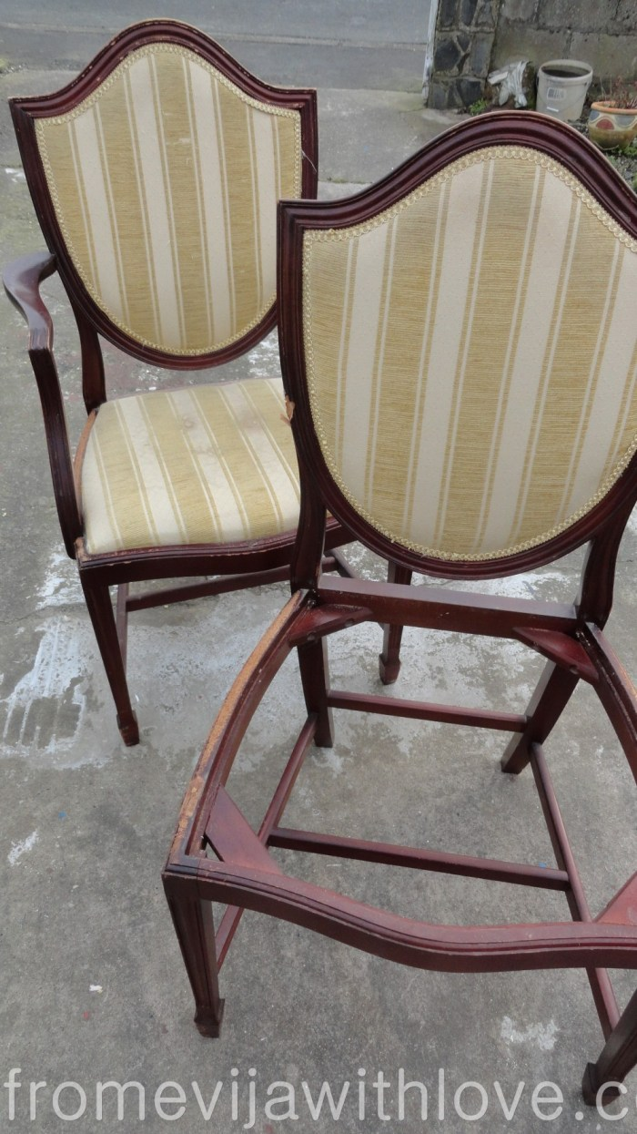 old-french-style-chairs