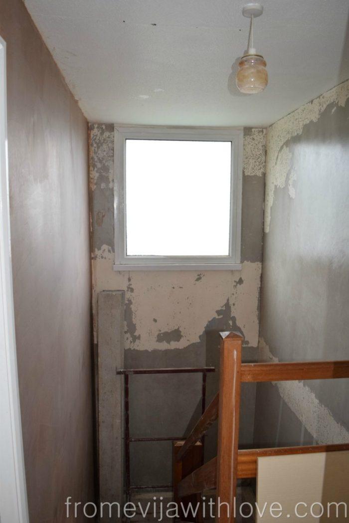 hallway-before-10