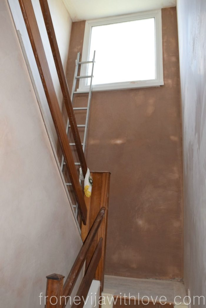 hallway-plastering-walls