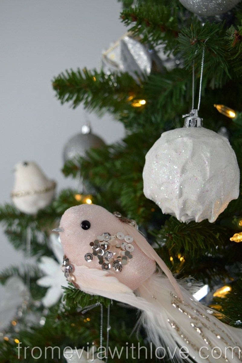 Upcycle an Old Christmas Ornament