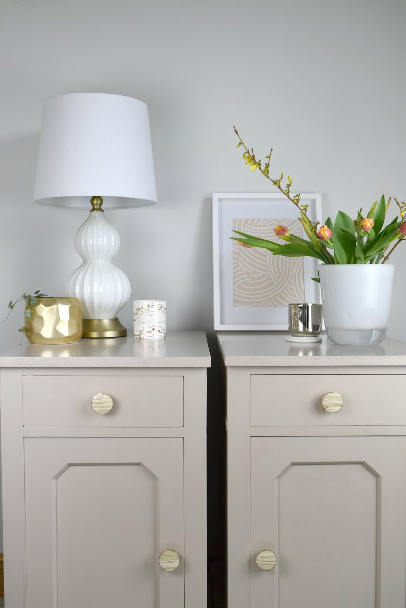 Turning Old and Damaged Bedside Cabinets into Beautiful Pieces using Decoart Paint