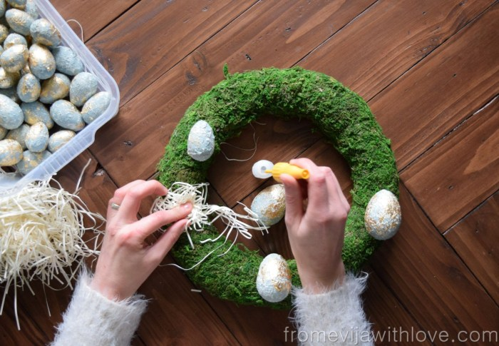 make your own textured easter egg wreath using superglue