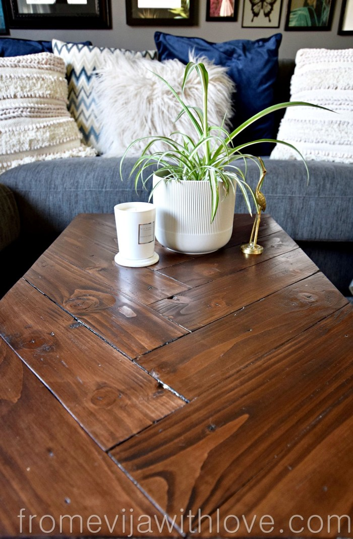 Coffee Table Top Made from Palletwood