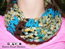 Multicolored crochet diamond mesh stitch infinity scarf