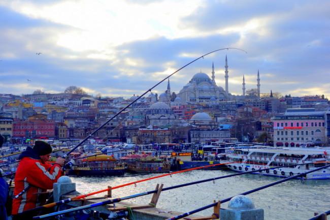 Fishing on the bridge in Turkey