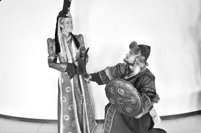 Mongolia traditional dress