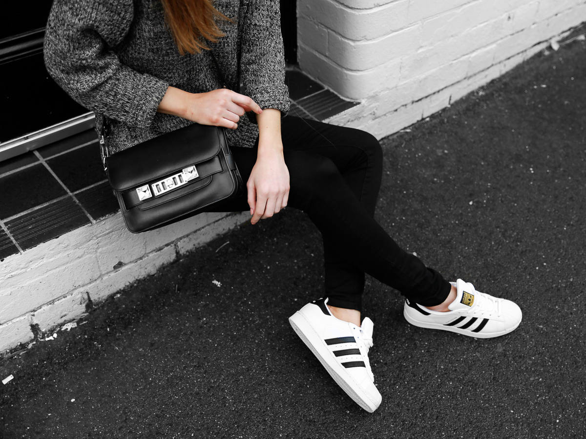 Adidas Superstar Sneakers Outfit