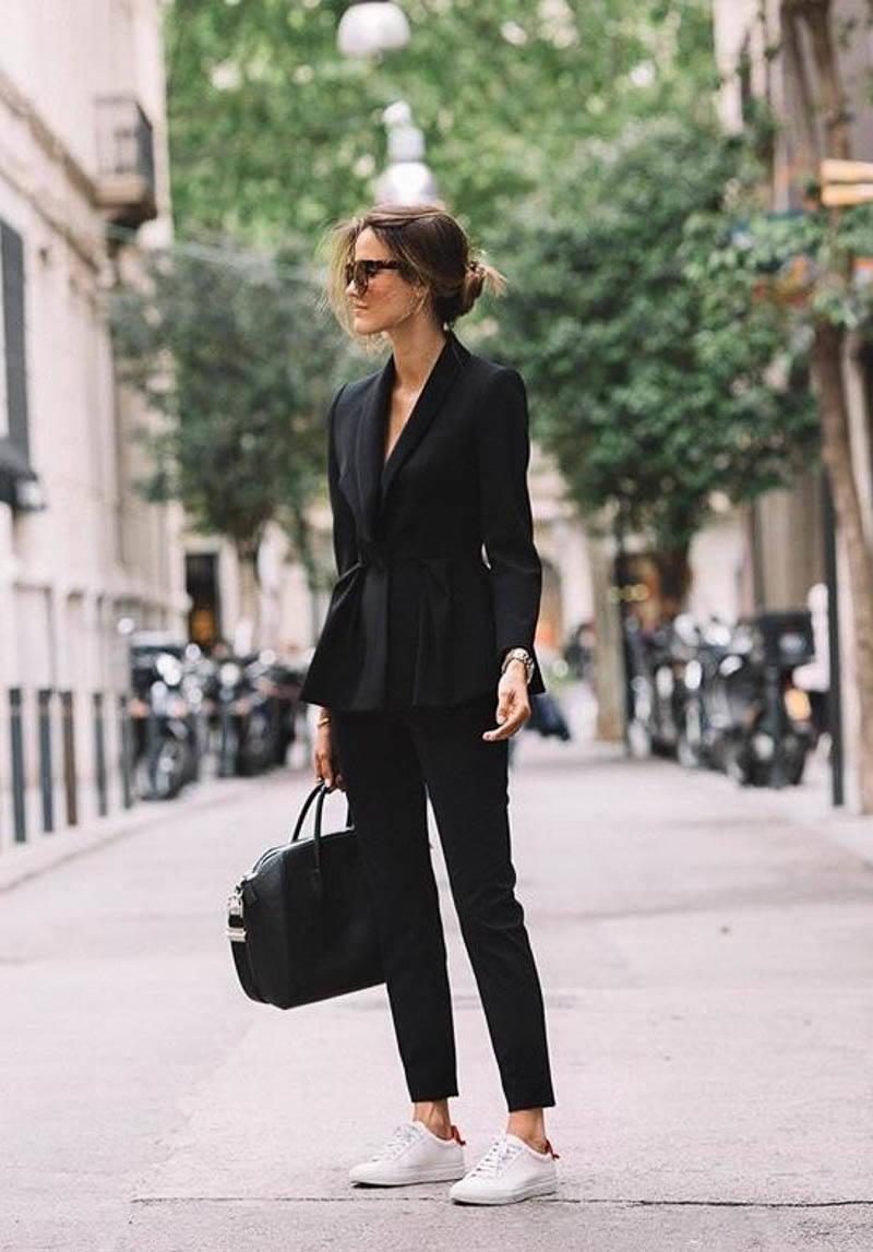 Givenchy Antigona Bag Street Style Outfit Black