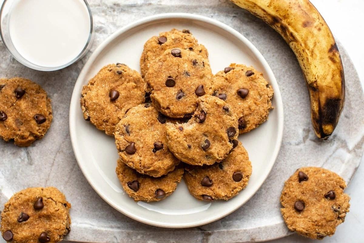 banana almond pulp cookies