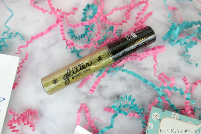 Beauty Box 5 -- Glamour Dolls Glitter Eyeliner