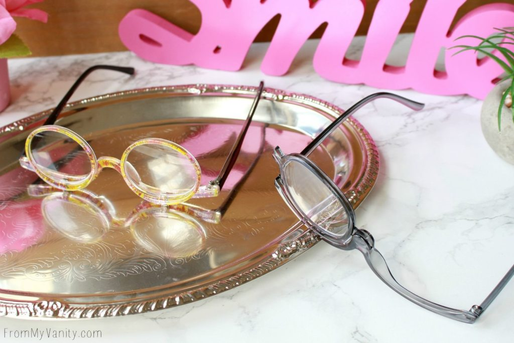 Makeup Readers| The Answer for People who Wear Glasses? | Two styles that allows you access to your eyelids while wearing glases