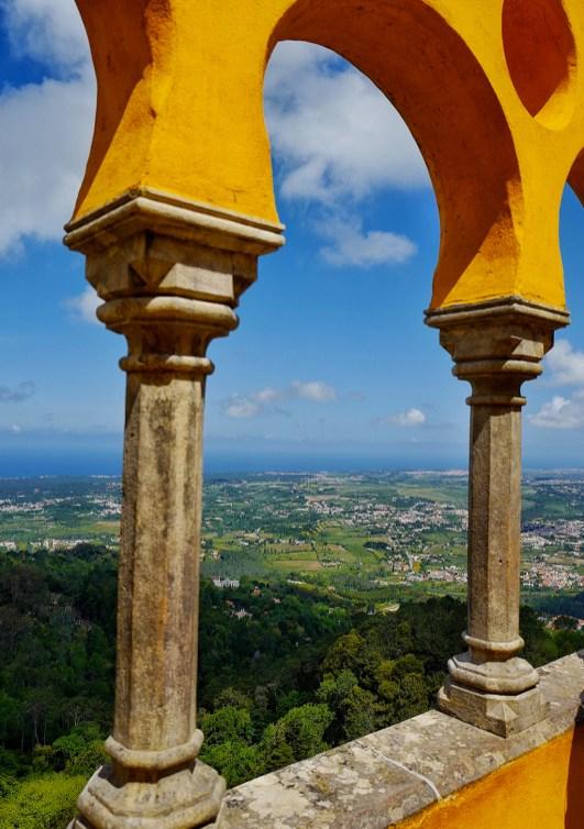 Vue de la terrasse, du palais de Pena