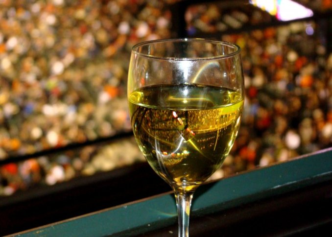 baseball_wine_1