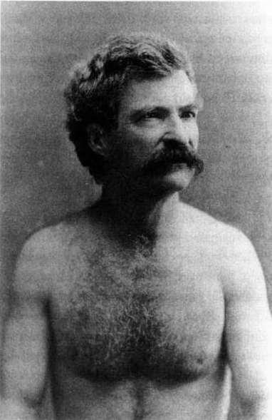 130221-shirtless-authors-mark-twain_pck8vf