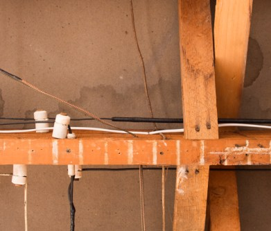 Exposed Knob & Tube Wire Insulators
