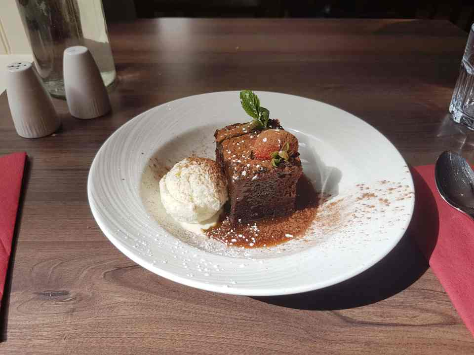 #fromthecornertable from the corner table, fromthecornertable, food blog, travel tuck-in talk, recipe, how to make, sticky toffee pudding, scotland desserts, scotland food, scottish cakes, toffee delight,
