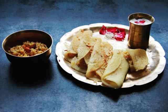 Patishapta, #fromthecornertable, #fromthecornertable from the corner table, fromthecornertable, food blog, travel tuck-in talk, recipe, patishapta, pithe, bengali dessert, bengali food, bengali sweets, crêpe, Photo: Vaibhav Tanna