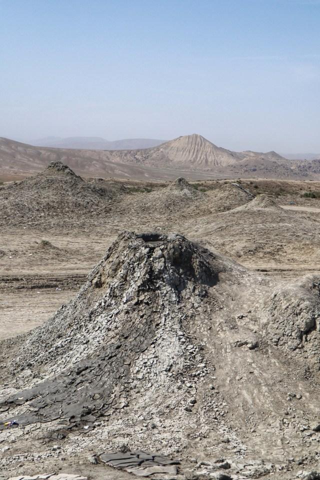 Mud volcanoes (4)-01