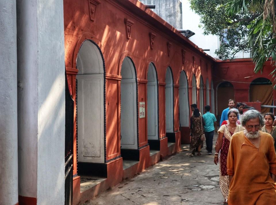fromthecornertable, from the corner table, durga puja, bonedi bari puja, shobabazar rajbari