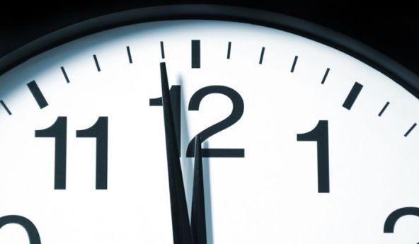 Clock_Midnight_XL_721_420_80_s_c1