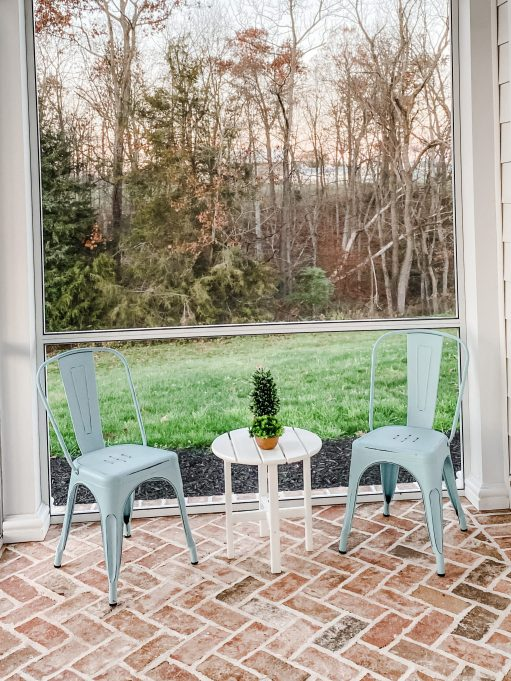 sside table with metal chairs