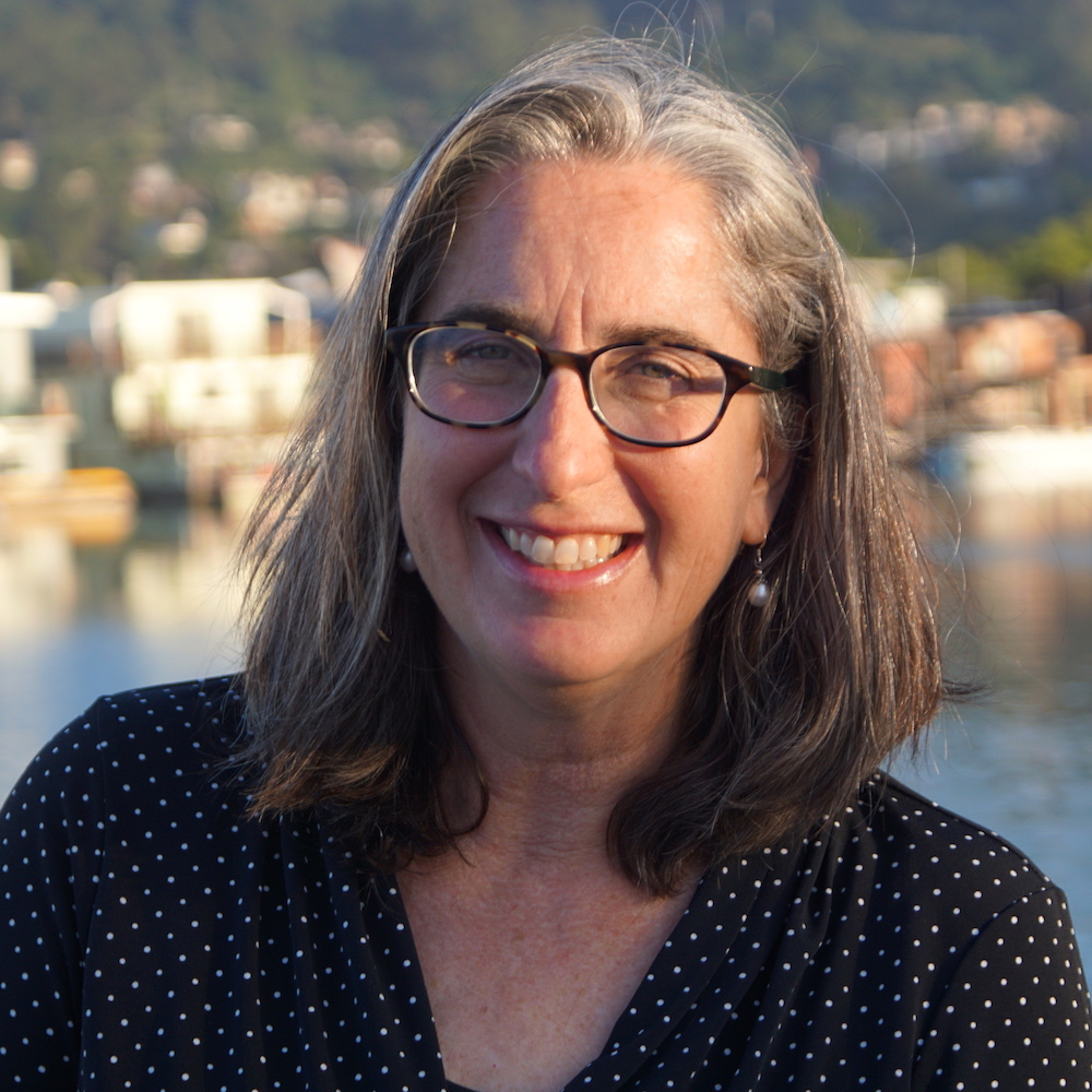 Plotting Puzzles and the Necessity of Silence: An Interview with Jennifer Gennari