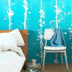 Blue wall in bedroom. Bodie and Fou house for rent in Arcachon, Gironde, France VIA From the Poolside blog on boutique hotels and stylish rentals for family holidays.