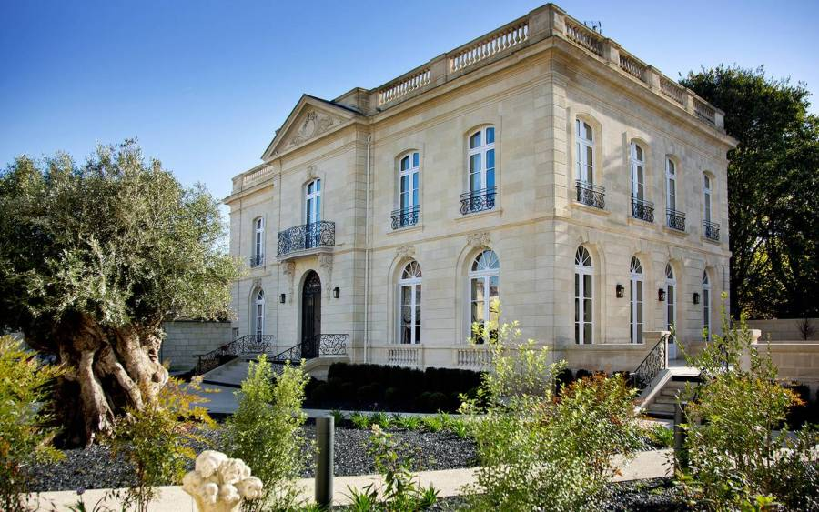 5 chic bordeaux hotels for a weekend escape sepfrom the for Maison de l enfance bordeaux