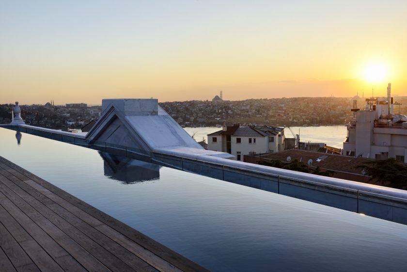Soho House Istanbul, rooftop pool