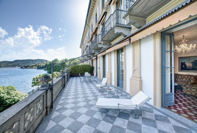 A selection of Lake Como hotels. Villa d'Este, luxury hotel on the shores of Lake Como. Very classic Italian palace with a floating pool. Prices are on par with the location and style. So probably best to keep it for this special romantic trip. From 500 Euros a night