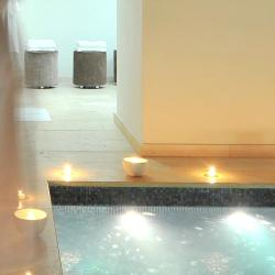 Maison d'Aix, small boutique hotel in the centre of Aix en Provence, France. Min pool