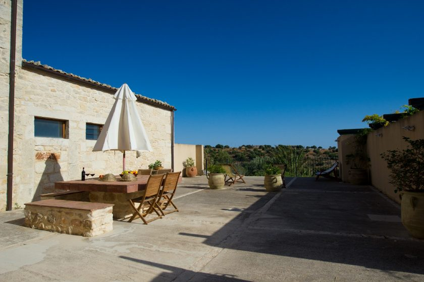 Parco Cava Longa, Sicly, Italy, a hamlet hotel with flats to rent