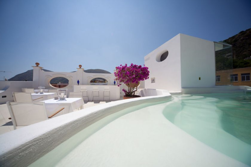 La Settimana Luna, boutique hotel in Lipari, one of the aeolian islands. 7 rooms and a small rooftop pool. Click to find more beach boutique hotels in Italy, France, Spain, Greece and more