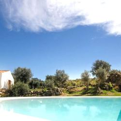 Casas Caiadas a lovely rental in Portugal with pool