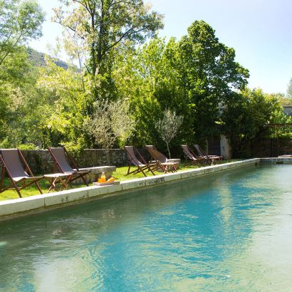 Chateau Uzer, a B&B and flat rental in Ardeche, France. Also has cabans and roulottes.