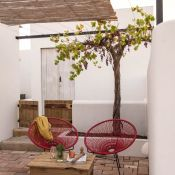 Here is yet again a great new boutique hotel in Algarve, Portugal with only 6 rooms.The region is known for the historic town of Tavira and Cacela Velha, a picturesque clifftop fishing village. And there are deserted beaches that are its best-kept secret.