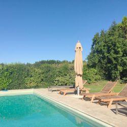 A family-friendly Provence villa rental near Goult.  Pool