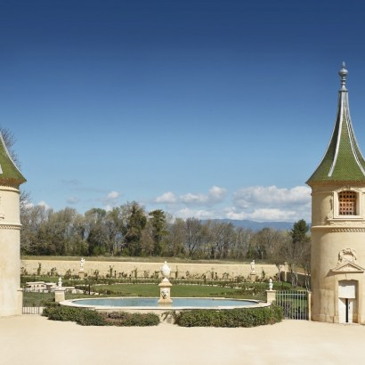 Chateau de fonscolombe, a new luxury hotel opening in Provence, France. Read the post for more informatio