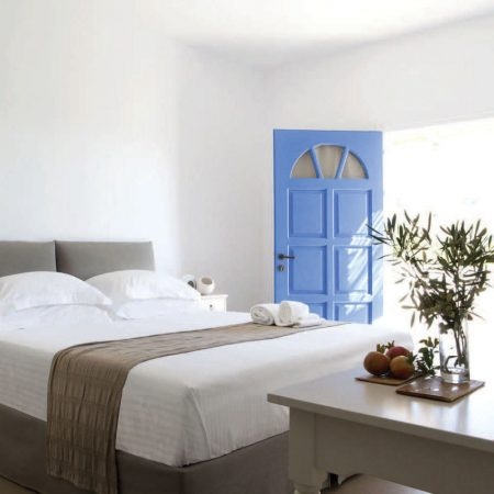 Beach House Antiparos, a stylish boutique hotel on the beach in Antiparos, Greece. #greece #boutiquehotel #antiparos