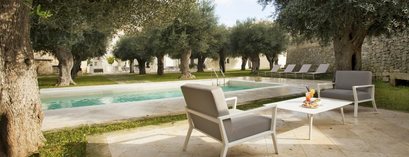 Puglia has done a very good job at marketing itself and you certainly have read many articles about its beaches, white trulli and scorching summer. 