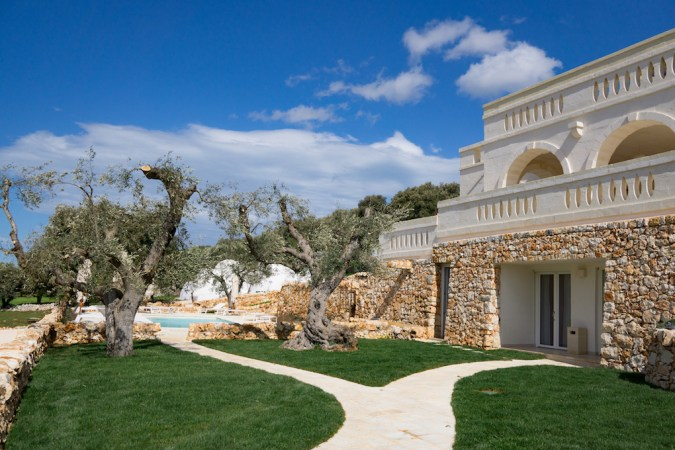 Corte dei Messapi a villa with pool in Puglia