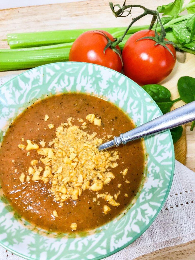 Easy Low-Calorie Tomato Soup