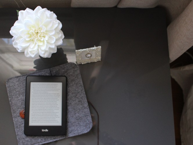 Gray ikea lack bedside table, kindle paperwhite, DIY engagement ring frame