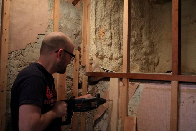 Installing 1x4 backing for shower shelf