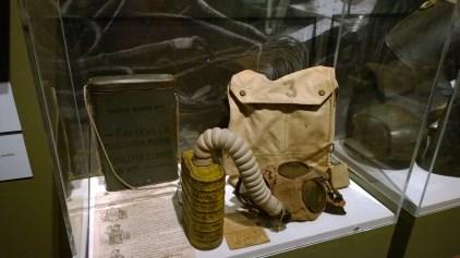 Maschera antigas italiana Polivalente Z e inglese SBR