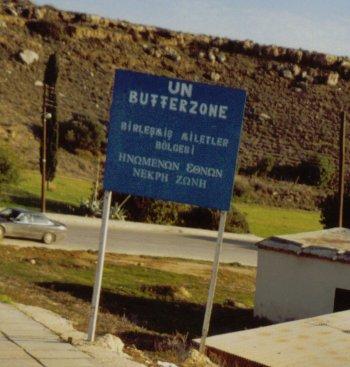 Zona de seguridad de la ONU (Clicl para ampliar) (C) Nicolette Nielsen